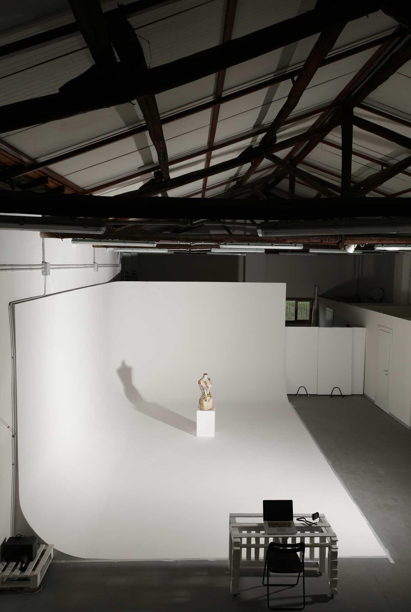 noleggio limbo cyclorama roma sala posa studio fotografico9